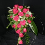 Teardrop urn arrangement